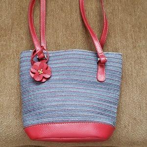 NWOT Liz Claiborne shoulder bag